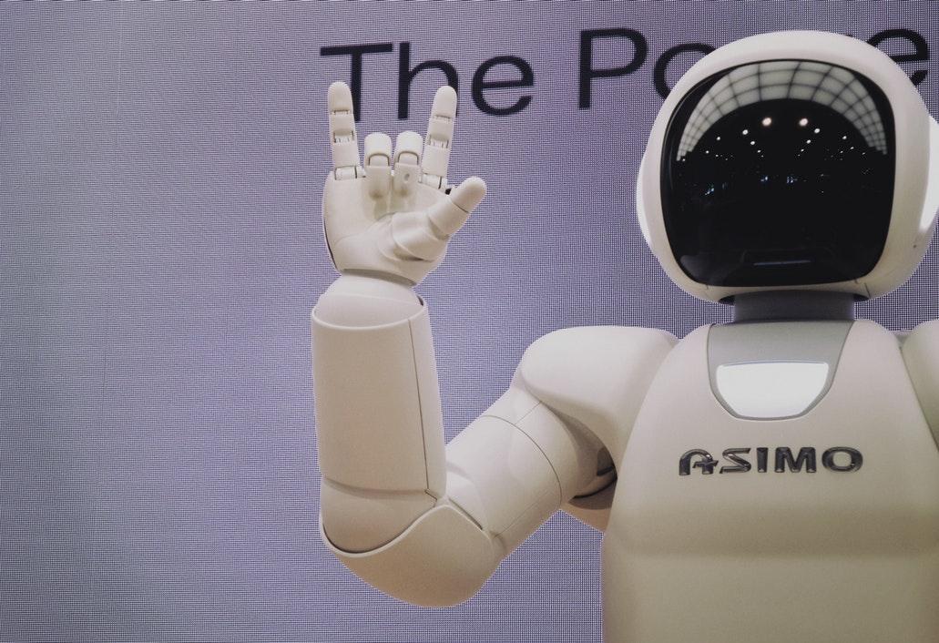 Python課程新創意!機器人也可以跟著老師動次動!