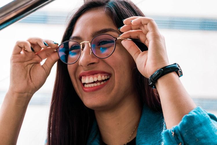 穿戴裝置潮流正夯,人工智慧眼鏡如何改造你我世界?!(上)